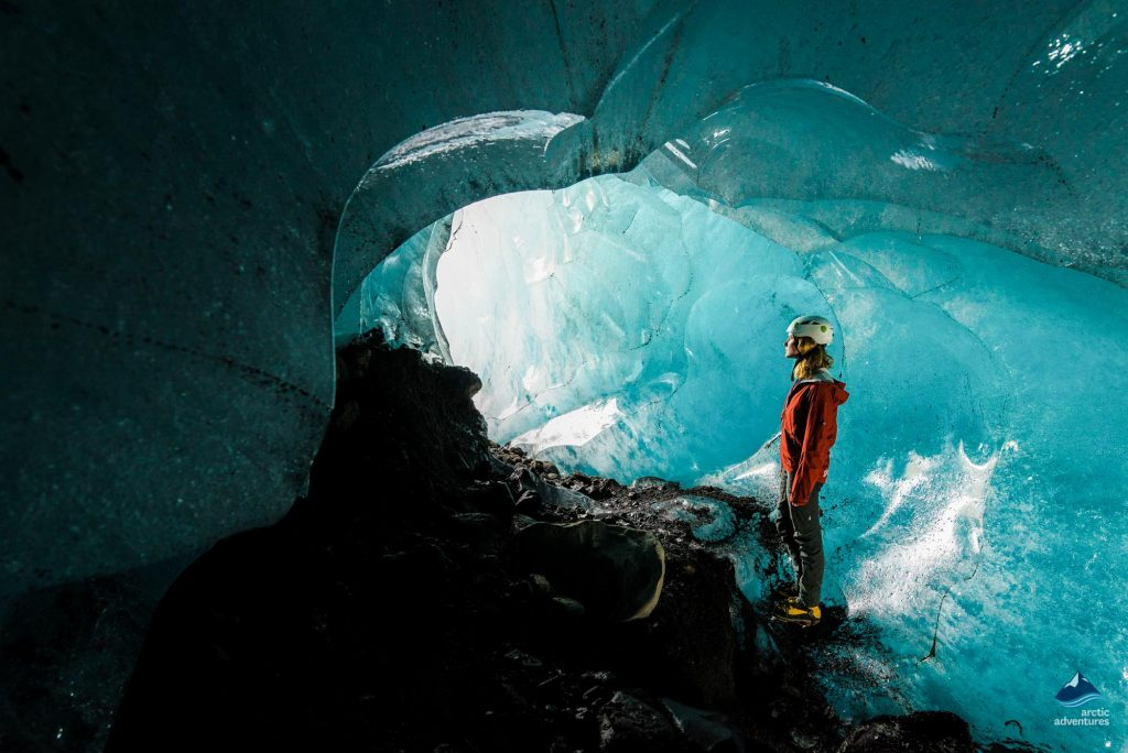 into-the-glacier-IceCave-tour-Skaftafell-Iceland