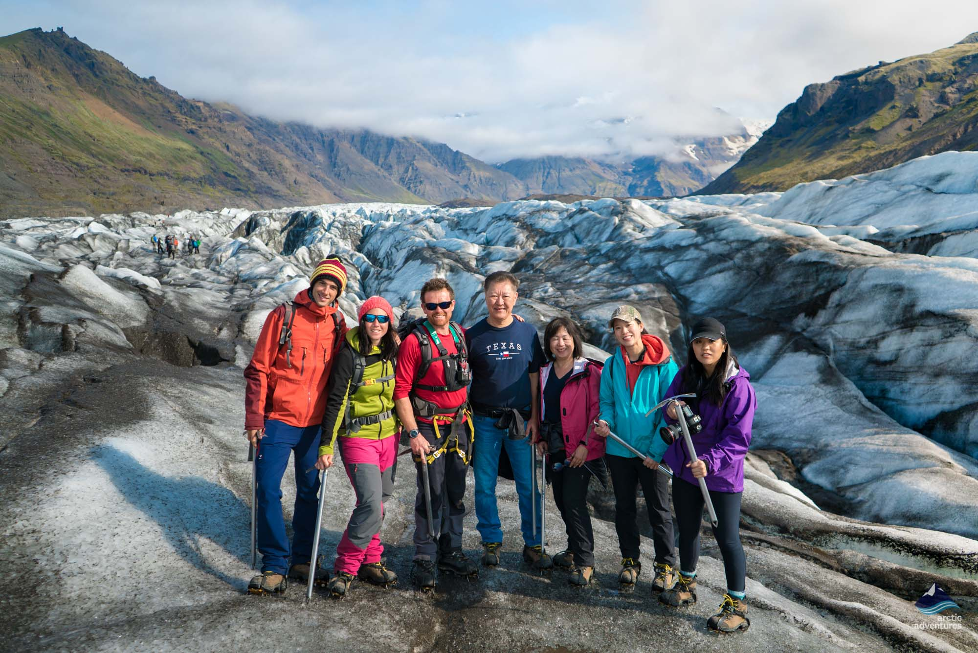 glacier hiking on svinafellsjokull