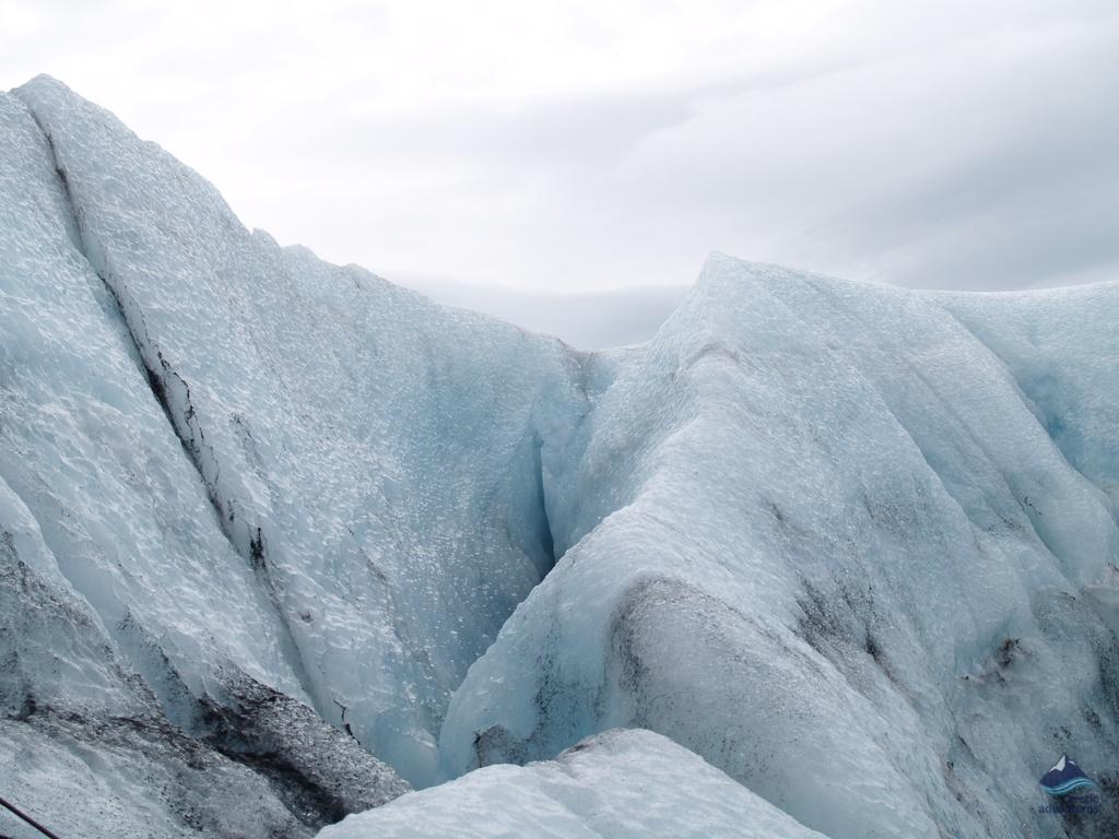 Glacier-Hiking-Solheimajokull-Iceland