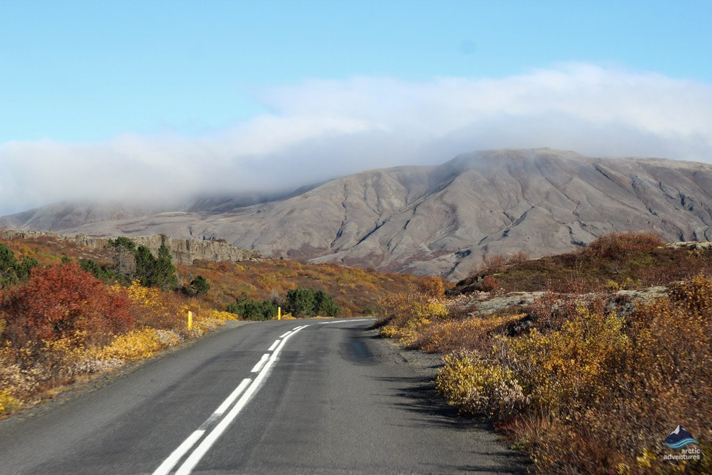 Road-Thingvellir-NationalPark-Iceland