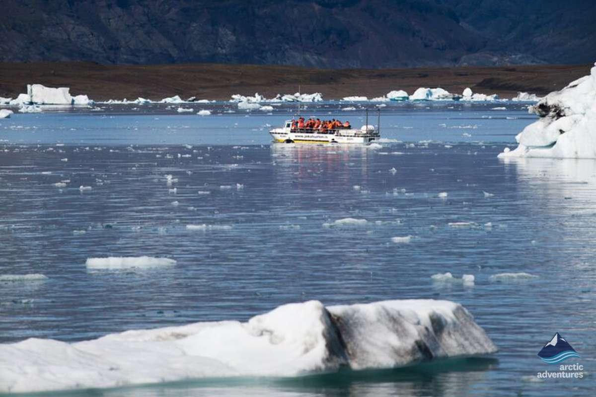 Fjallsarlon_glacier_lagoon_iceland