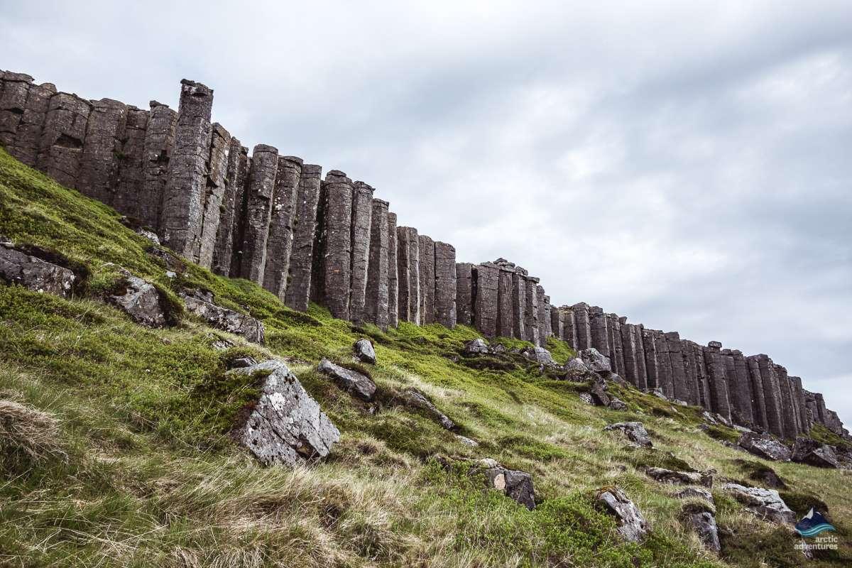 Gerðuberg-bastalt-columns-Snaefellsnes-Iceland