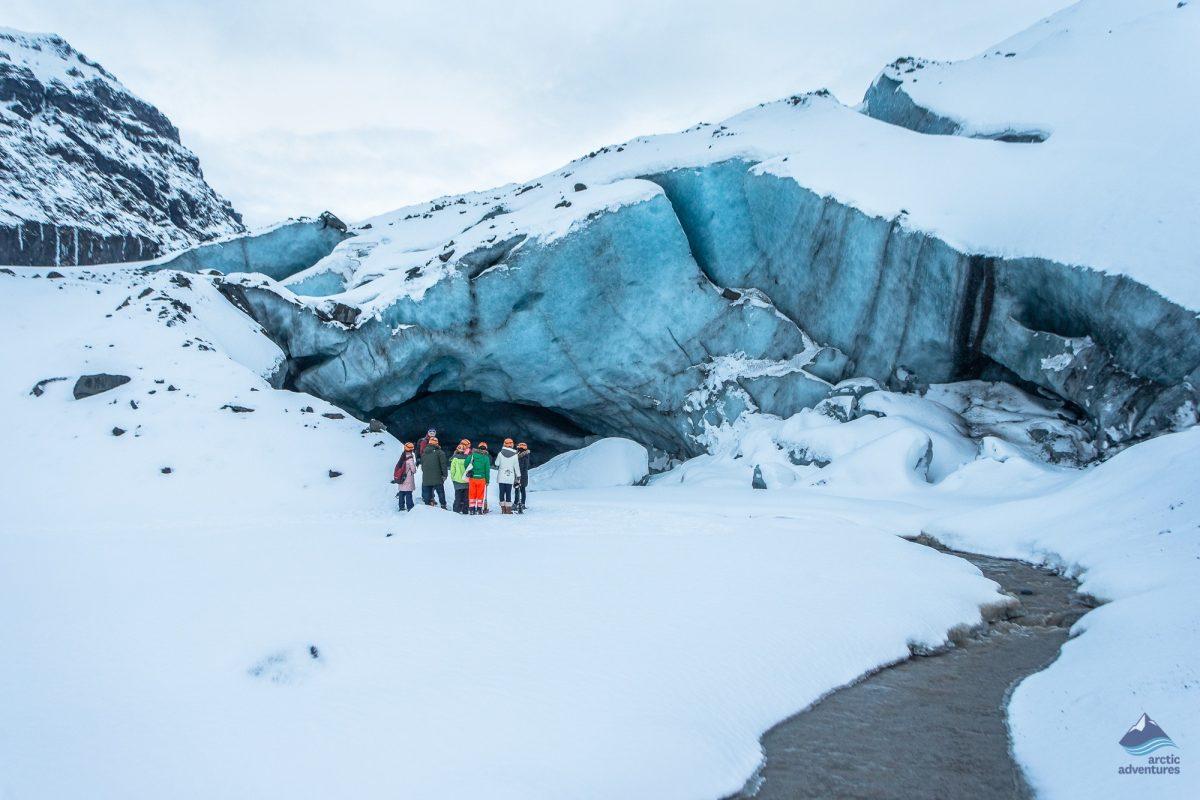 Glacier-hiking-vatnajokull-Iceland