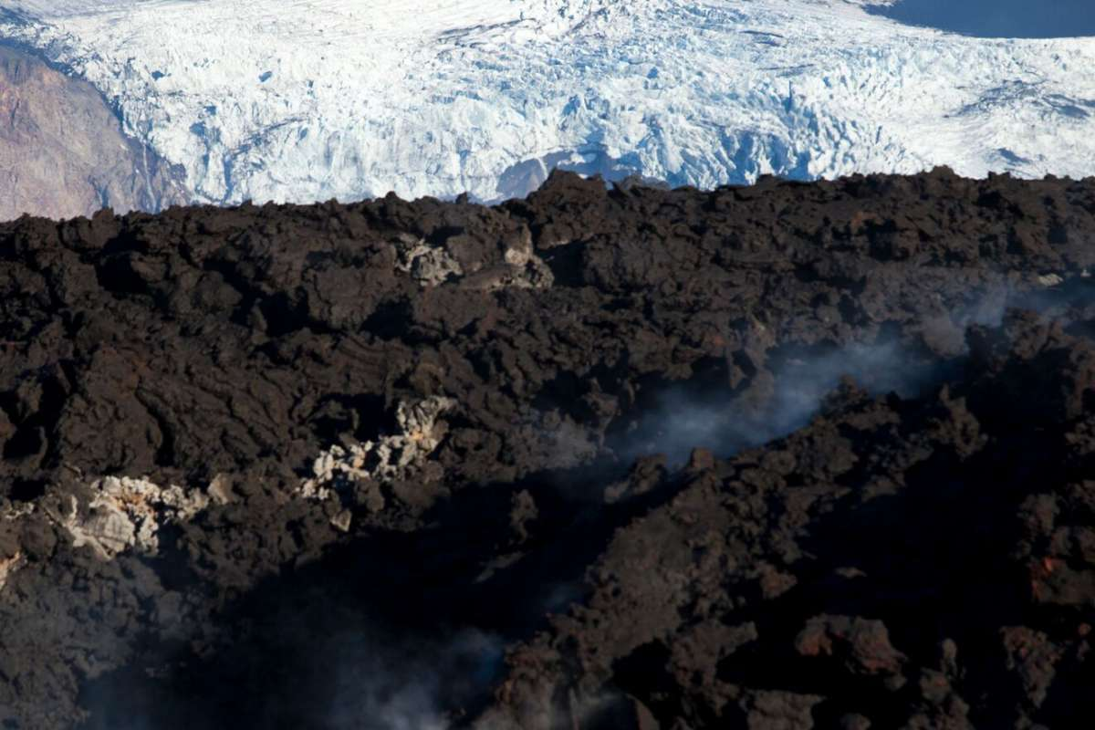 Glacier-meets-lava-Iceland