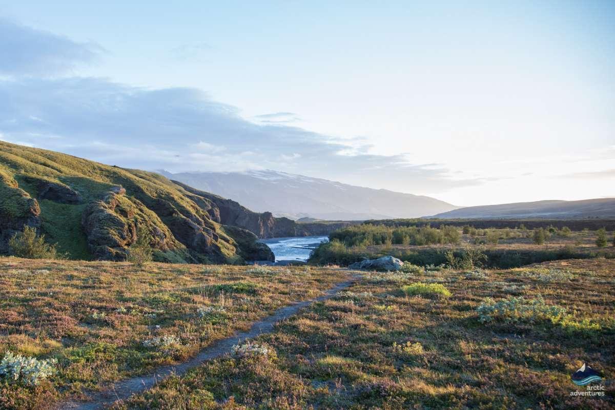 Markarfljot-lake-trek-Laugavegur-Iceland