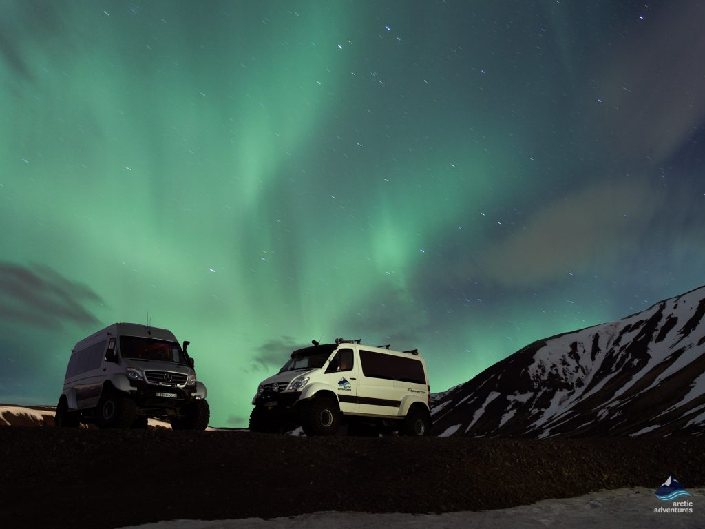 Northern-Lights-Aurora-Borealis-SuperJeep-Tour- Iceland