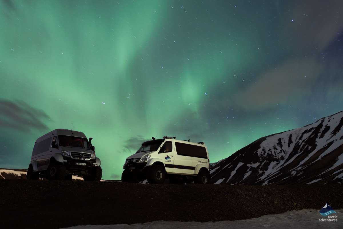 Northern-Lights-Aurora-Borealis-SuperJeep-Tour- Iceland