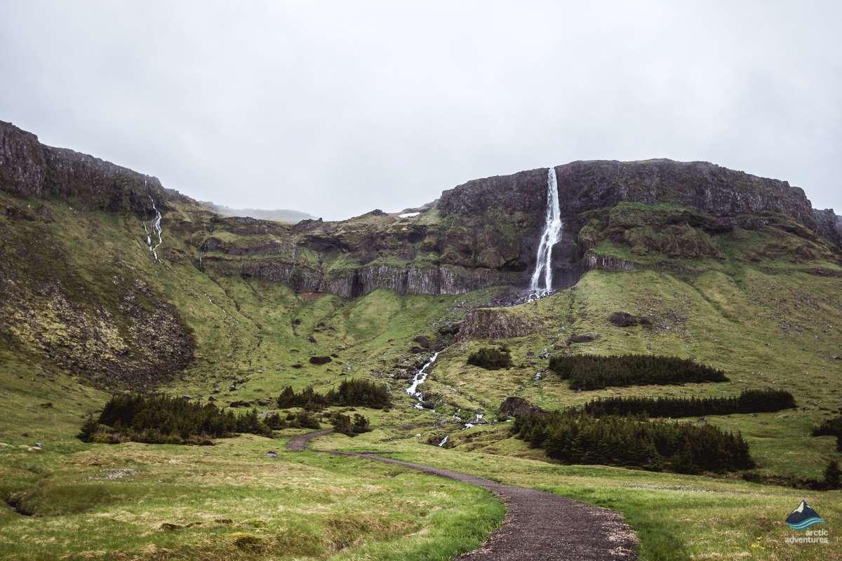 Bjarnafoss-waterfall-West-Iceland-tour