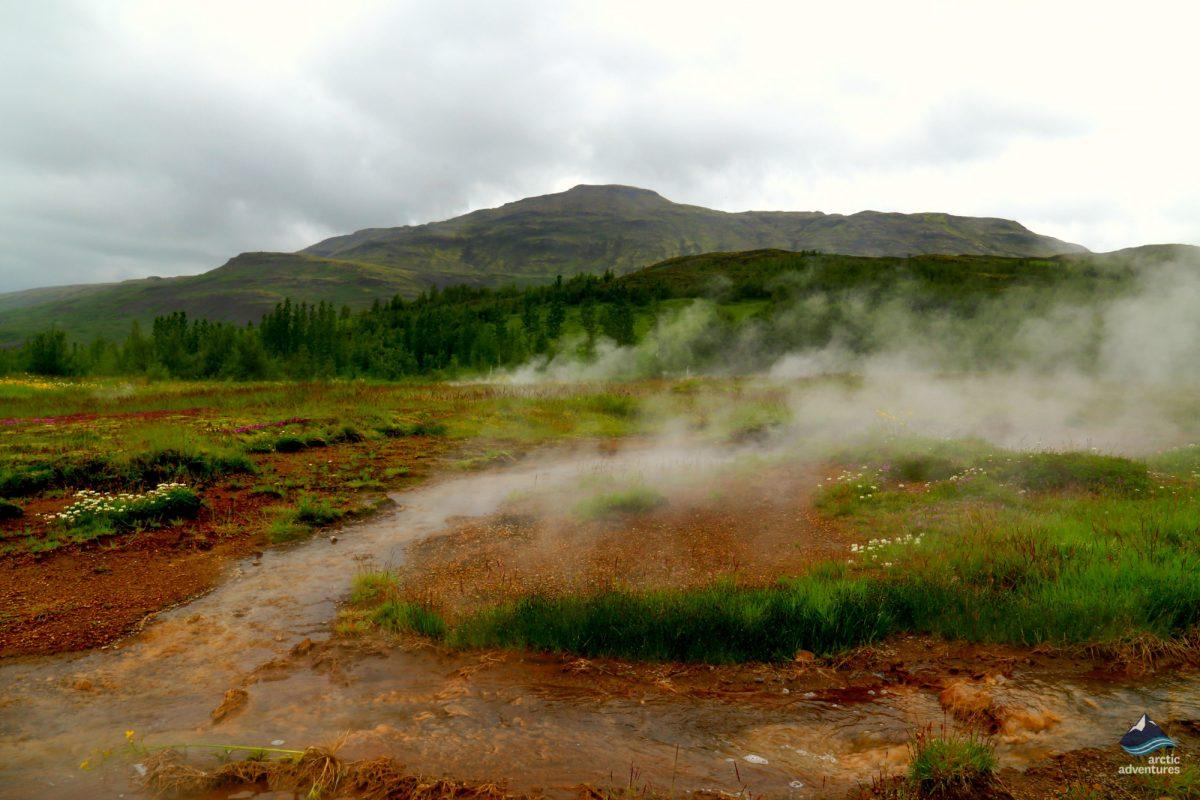 Geysir-Strokkur-GoldenCircle-Iceland5