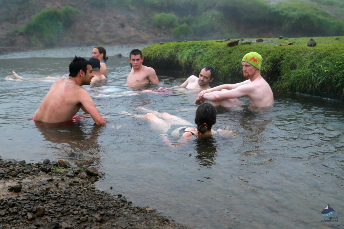Hot-spring-hiking-tour-Iceland