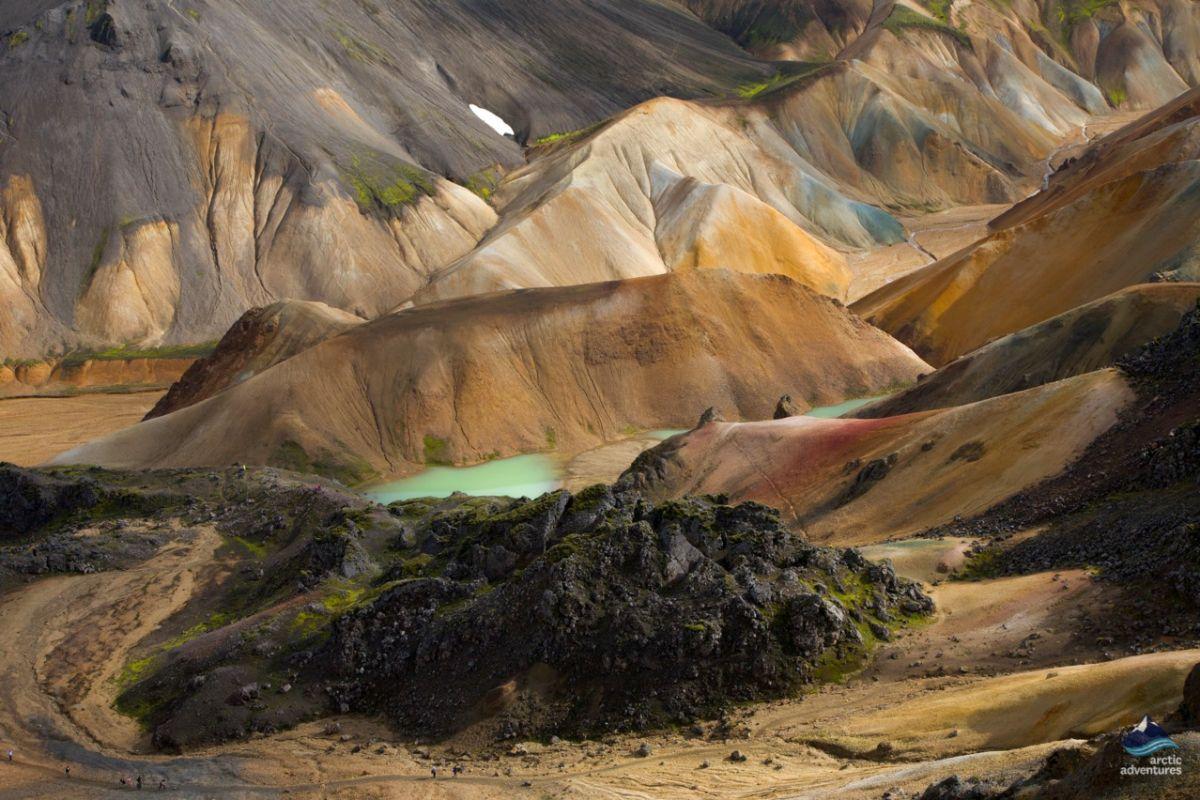 Landmannalaugar-colorfulmountains-Iceland