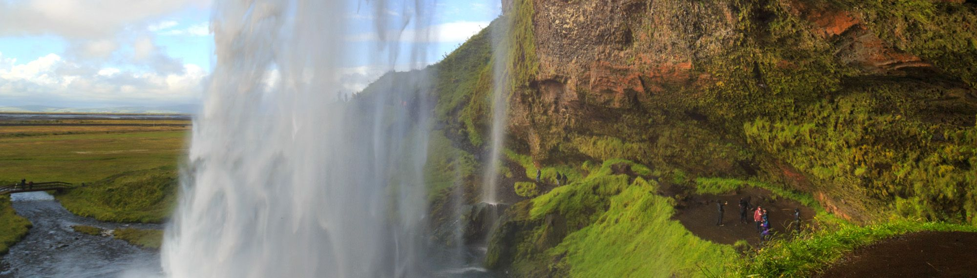 Seljalandsfoss-waterfall-South-Iceland