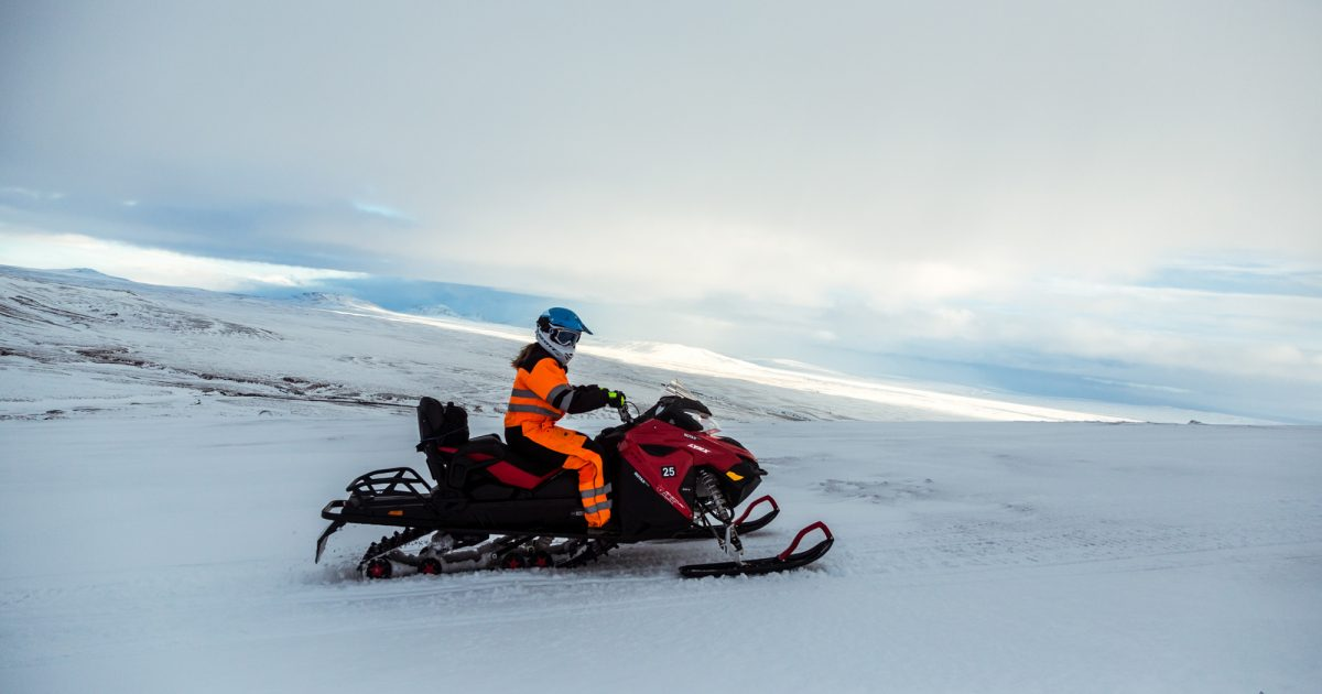 Langj 246 Kull Glacier Guided Snowmobile Tour Arctic Adventures