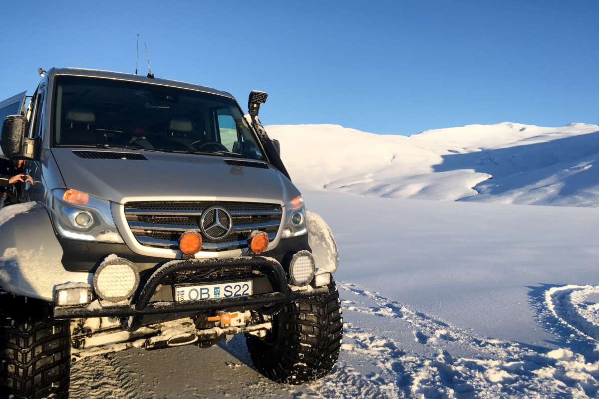 Super-Jeep-tour-Iceland