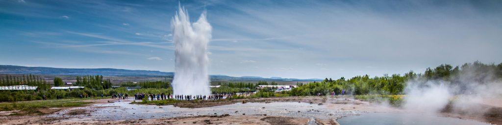 Strokkur-Geyser-GoldenCircle-Iceland1