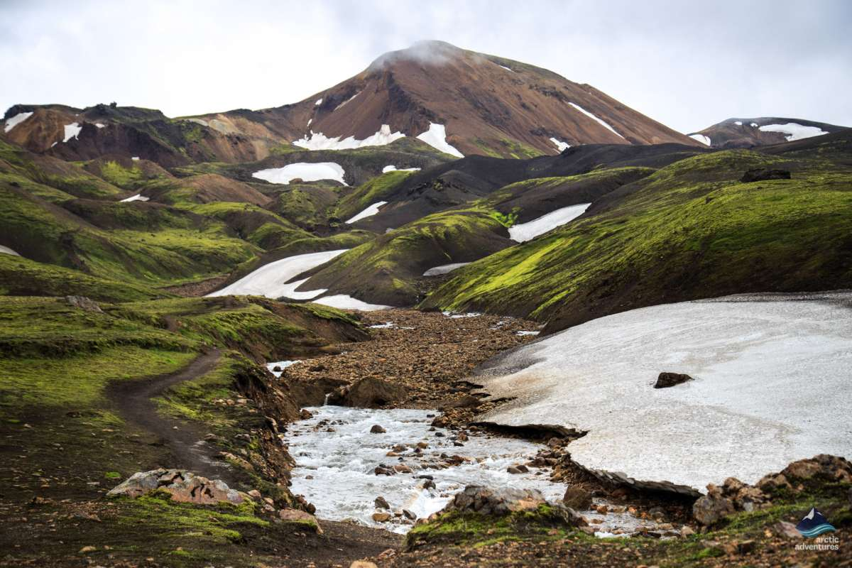 Thorsmork-Laugavegur-Volcano-Glacier-views-Iceland