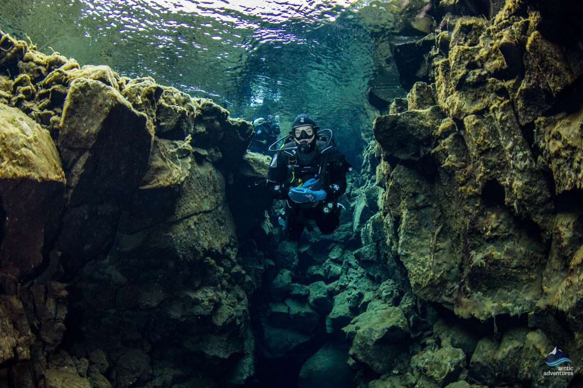 Scuba-Diving-Silfra-Fissure-Tectonic-Plates-Iceland