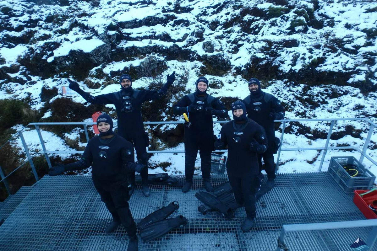 Snorkeling-Tour-Silfra-Fissure-Thingvellir-Iceland