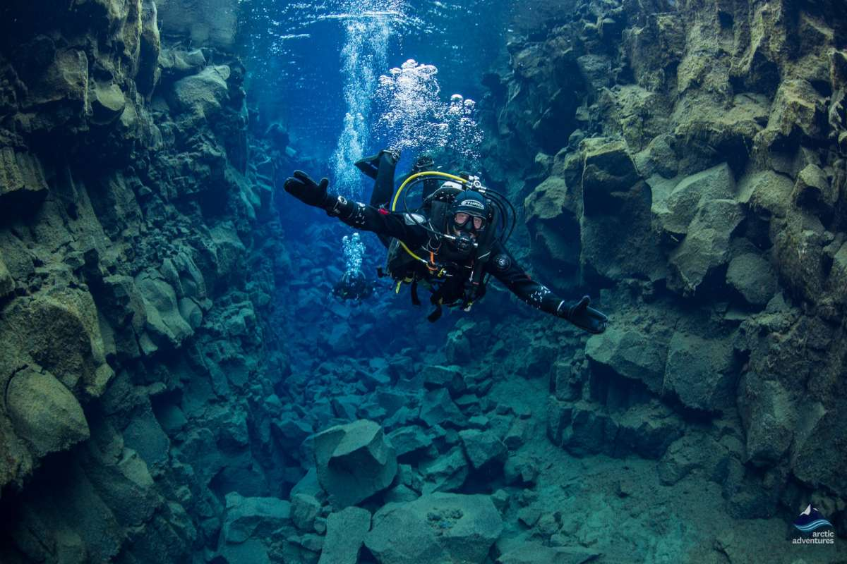 Diving-in-Silfra-fissure