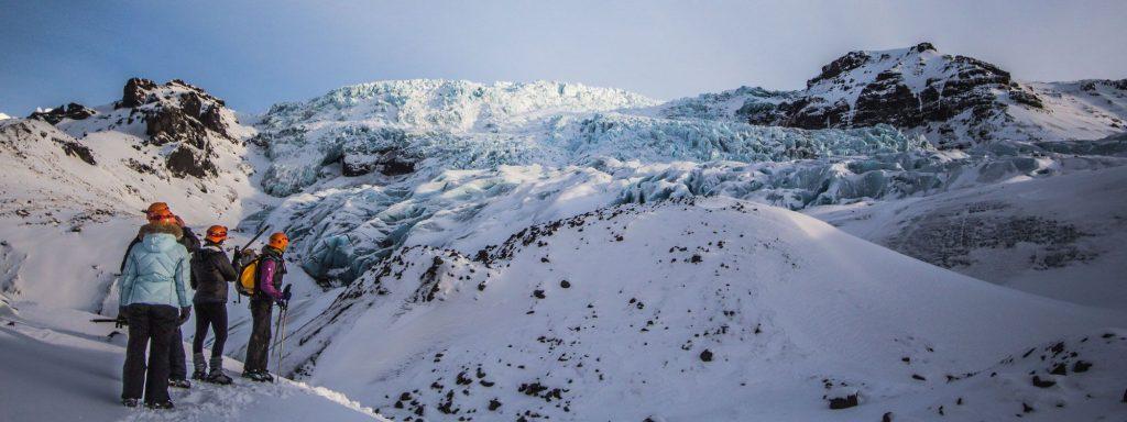 Glacier-guide-Iceland