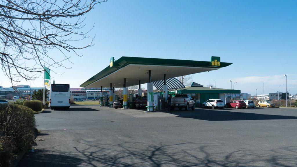 Olis Gas Station - Mjodd