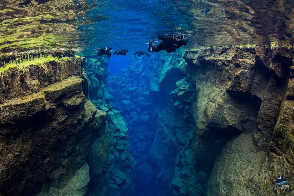 Snorkeling-Silfra-Fissure-Thingvellir-Iceland