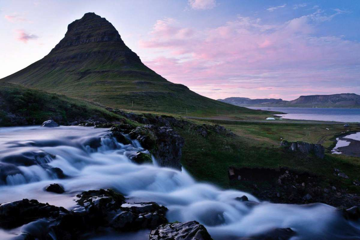 Sunset over mt Kirkjufell, snaefellsnes peninsula, Iceland