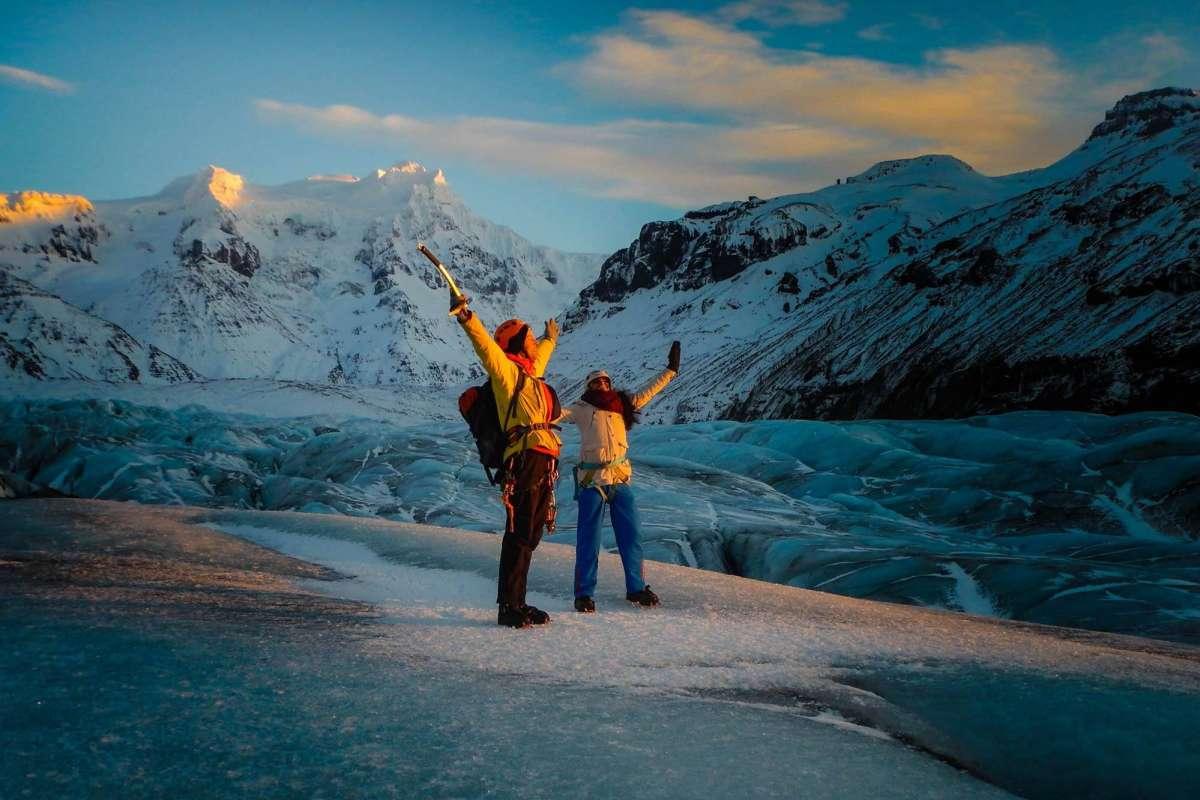 Two people om Svinafellsjokull glacier iceland