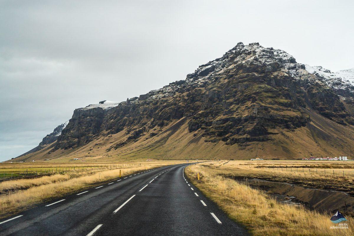 Road-South-Coast-Iceland