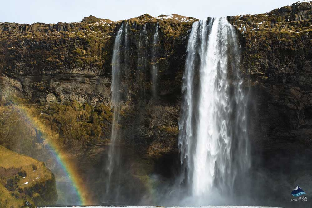 Seljalandsfoss-waterfall-iceland
