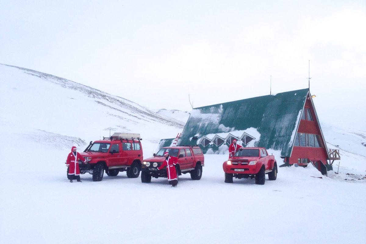 Jeeps at Kerlingarfjoll