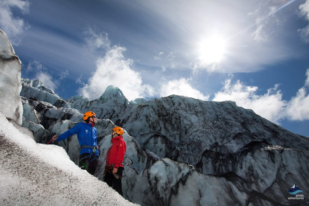 Glacier hiking trail tour