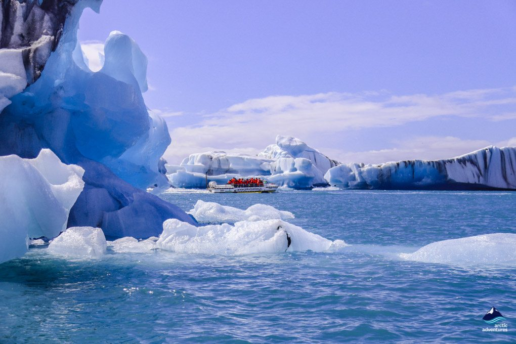 glacier lagoon zodiac tour