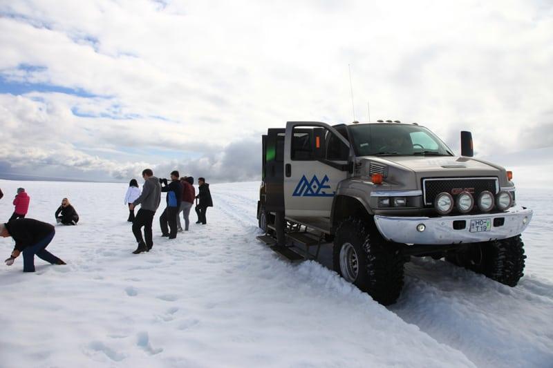 Super Jeep up on Vatnajökull Glacier