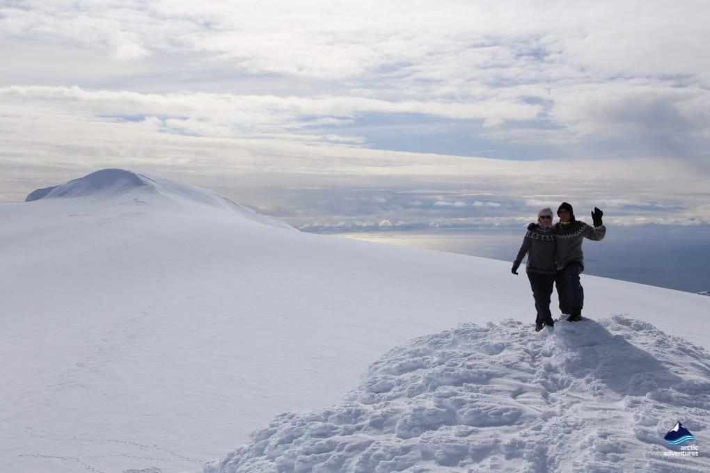 Enjoying Winter in Icelandic Highlands