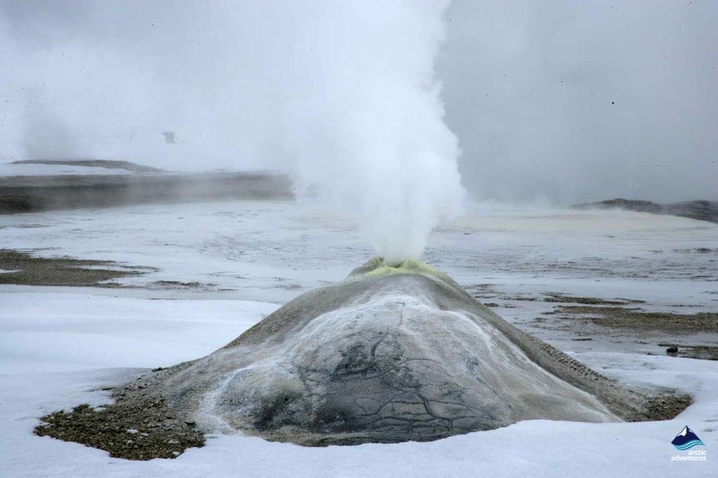 Hveravellir hot spring Iceland