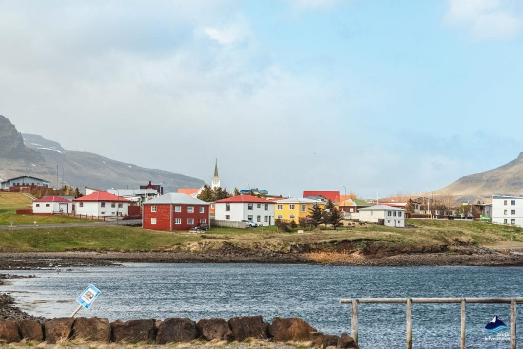 the colorful town of grundarfjordur