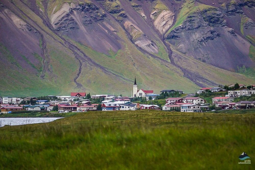 Kirkjufell's town Grundarfjordur