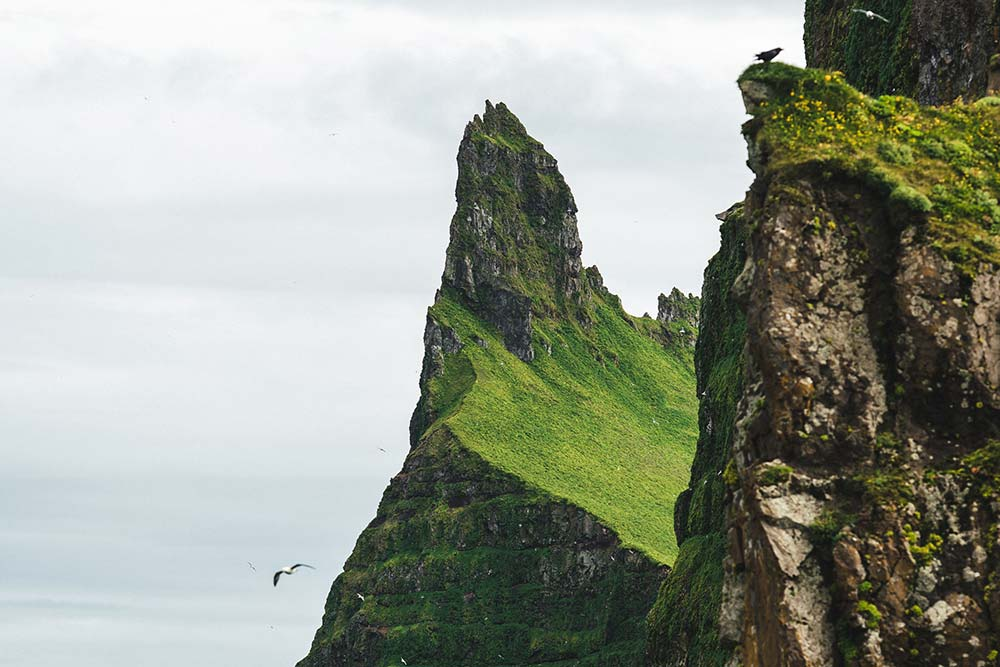 isafjordur-cliffs