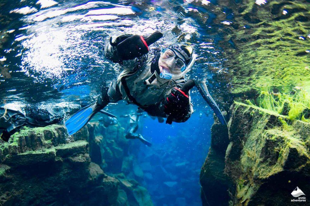 Snorkeler in Silfra Fissure
