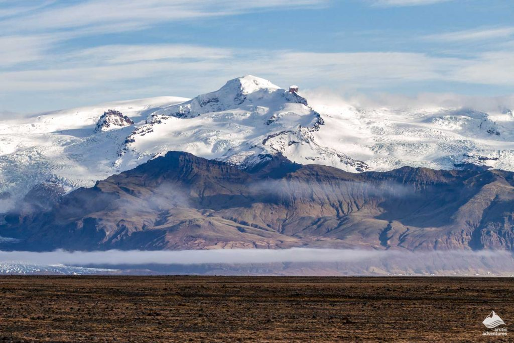 Vatnajokull Glacier Hvannadalshnjúkur peak